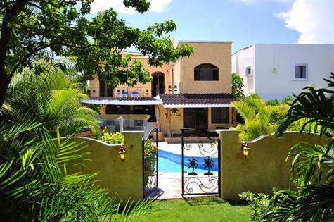7-BR-home-for-sale-playacar-phase-2